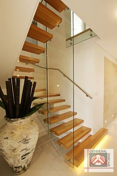 Floating Staircase Cantilevered Stairs Modern Gl Barade Stair Contemporary
