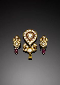 Pendant with Earrings. Northern India, 20th Century