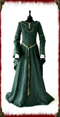 Bespoke 12th century medieval  re-enactment gown.