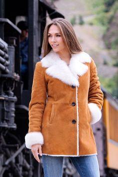 Модные женские дубленки 2018 года на фото | Тренды зимнего сезона