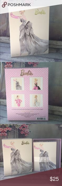 """🇺🇸SALE🇺🇸💕BARBIE Set 20 Notecards & Envelopes Beautiful boxed set of 💕BARBIE💕 20 blank notecards & envelopes by Robert Best // 5 cards of each image // Box size 5.5"""" x 7"""" // Notecards 4"""" x 6"""" // Brand New //      BUNDLE & SAVE🎁🛍 Barbie Other"""
