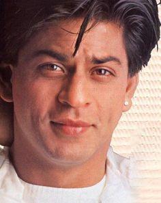 Shahrukh Khan And Kajol, Shah Rukh Khan Movies, Salman Khan, My Name Is Khan, Sr K, Vintage Bollywood, King Of Hearts, Indian Celebrities, Hollywood Actor