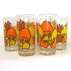 Vintage yellow and orange mushroom butterfly drinking glasses. Never mind that they don't match my vintage china. They go along great with my memories of grandparents and great-grandparents. Broken Glass Art, Sea Glass Art, Stained Glass Art, Vintage Kitchenware, Vintage Dishes, Vintage Glassware, Orange Mushroom, Glass Art Design, 70s Decor