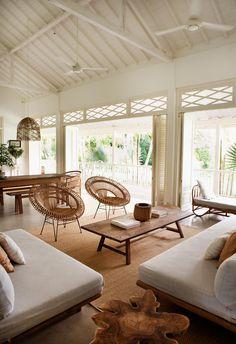 Home Interior, Interior Design Living Room, Living Room Designs, Living Room Decor, Living Spaces, Bali Style Home, Bali Decor, Balinese Decor, Balinese Bathroom