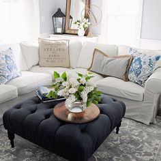 #WeekEndSecretSources would like to share Jamie @bluestonehill and her gorgeously decorated living room with her Joss and Main ottoman and Homegoods pillows! Thank you to all of the amazing hosts tagged in photo for having me! Such an inspirational tag!