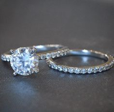 It looks like my rings!