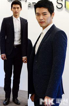 Look who's baaack! Hyun Bin :) yayyy love him endlessly Hyun Bin, Korean Star, Korean Men, Korean Actors, Most Beautiful Man, Gorgeous Men, Hot Men, Korean People, Flower Boys