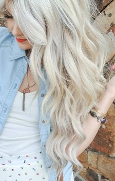 Cara Loren... BEST HAIR EVER