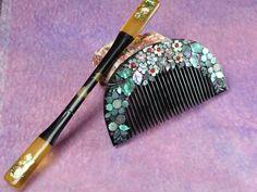 "Geisha hair comb / Vintage Lacquering Hair comb ""Kushi"" and ""Kogai""  /Japanese vintage / Japonism  / Japón"