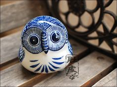 chinese blue and white ceramic owl