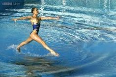 Take a look at this amazing Walking On Water illusion. Browse and enjoy our huge collection of optical illusions and mind-bending images and videos. Water Walker, Sports Physical Therapy, Synchronized Swimming, Walk On Water, Swim Team, Sport Photography, Sports Pictures, Optical Illusions, Belle Photo