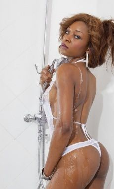 Light skinned black woman naked sex