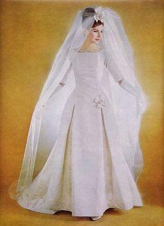 New Wedding Dresses Vintage Simple 67 Ideas Vintage Wedding Photos, Vintage Bridal, Vintage Weddings, New Wedding Dresses, Wedding Attire, Wedding Bride, Gown Wedding, Vintage Weddingdress, Vintage Dresses
