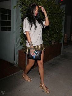 #Rihanna carrying Jacquie Aiche clutch in Los Angeles, May 2014