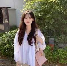 See Through Bangs, Korean Photography, Na Jaemin, Just Girl Things, Korean Outfits, Girl Crushes, Ulzzang Girl, New Hair, Kpop Girls