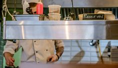 Veja alguns mitos da cozinha que estão te impedindo de ser um(a) super chef! #pósgraduaçãoredentor #cozinha #chef #mitos #facredentor