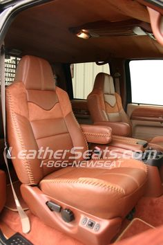 King Ranch Style Truck Interior Conversion Ilike the big stitching around the sides Chevy Bronco, 72 Chevy Truck, Volkswagen New Beetle, Pink Truck, Leather Car Seats, Ford Excursion, King Ranch, Car Upholstery, Truck Interior