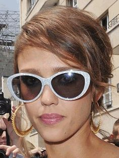 Who made Jessica Alba's sunglasses that she wore in Paris? Sunglasses – Christian Dior