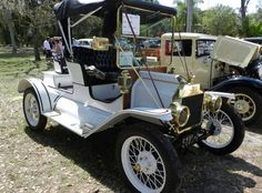 1912 Ford Model T (wasn't this in Chitty Chitty bang bang? (just kidding)
