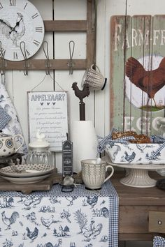 Clayre & Eef - Chicken Family | Romantic | Farm | Blue | Tableware | Tablerunner