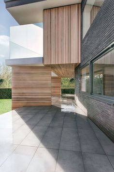 4 Views by AR Design Studio 4 Modern Private Residence Defined by Light, Tranquility and Reflection