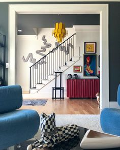 25 Best Hallway Walls Make Your Hallways Renovation - Best Home Ideas and Inspiration Hallway Wall Decor, Hallway Walls, Hallway Decorating, Room Decor, Interior Design Inspiration, Decor Interior Design, Room Inspiration, Flat Interior, Home Interior