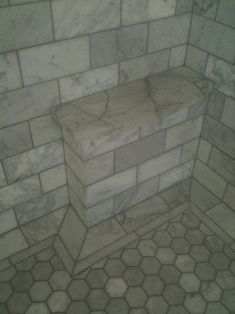 Shower seat, little foot rest, leg shaving stoop