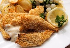 Diet Plan for Weekly Fast Days: Low-Calorie Haddock Goujons with Garlic Panko Crumb (Recipe) - Lavender and Lovage Low Calorie Recipes, Diet Recipes, Healthy Chicken Recipes, Healthy Snacks, Healthy Eating, Weigth Watchers, Crumb Recipe, Fast Day, Panko Crumbs