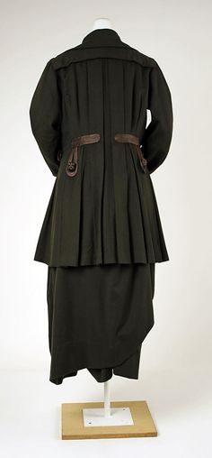 Walking suit House of Worth  (French, 1858–1956) Date: ca. 1913 Culture: French Medium: wool, silk Dimensions: Length at CB (a): 34 1/2 in. (87.6 cm) Length at CB (b): 37 1/2 in. (95.3 cm) Credit Line: Purchase, Friends of The Costume Institute Gifts, 1980 Accession Number: 1980.16.3a, b