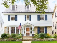 Welcome to The United States of #CurbAppeal // #hgtvmagazine // http://www.hgtv.com/design/outdoor-design/landscaping-and-hardscaping/the-united-states-of-curb-appeal-pictures?soc=pinterest