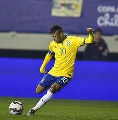 Picture: Neymar during the game against PER #fcblive [via @baarca_af]