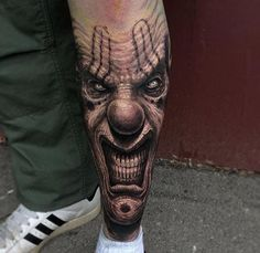 The Wrinkled Evil Clown Tattoo on Shin by Travis Greenough is amazing tattoo idea. Evil Clown Tattoos, Creepy Tattoos, Badass Tattoos, Leg Tattoos, Body Art Tattoos, Sleeve Tattoos, Tattoo Design Drawings, Tattoo Designs, Sketch Tattoo
