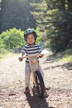 Prince Lionheart Chop bike is great for ages 2-5. Read our first hand review here. Prince Lionheart, Balance Bike, Bike Design, Sketch Design, Children Photography, Baby Toys, Cute, Photoshoot, Kids