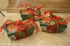 Life In The Thrifty Lane: Mini Loaf Gift Breads - pans from Michael's @ $1
