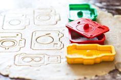Camera Set | 10 Cookie Cutters for the Digital Generation- WHAT?!?!?! I love these!