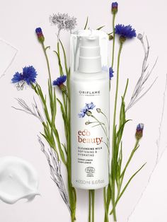 A rich and creamy Cleansing Milk for dull skin longing for love. Oriflame Beauty Products, Eco Beauty, Natural Beauty, Essential Oils For Hair, Cleansing Milk, Beauty Companies, Sensitive Skin Care, Benzyl Alcohol, Flawless Face
