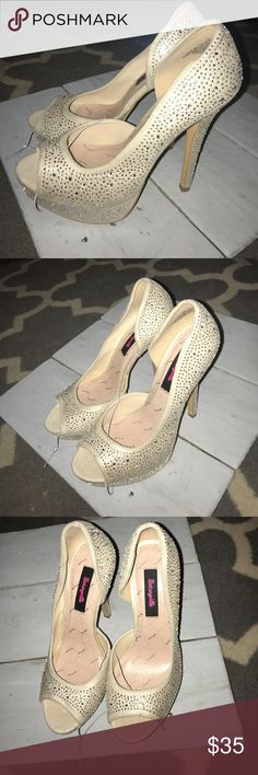Brand New Betseyville Peeptoe Silver Shoes Size 8 Brand New Betseyville Peeptoe Silver Shoes Size 8, Never Worn, would be great for a bride! Betsey Johnson Shoes Heels