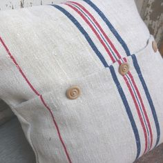 Vintage grain sack - spiral buttons - pillow.  Repinned by www.mygrowingtraditions.com