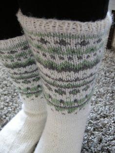 Socks Hennin, Leg Warmers, Sunnuntai, Legs, Fashion, Inside Shoes, Leg Warmers Outfit, Moda, Fashion Styles