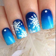 christmas by sassyfingers #nail #nails #nailart