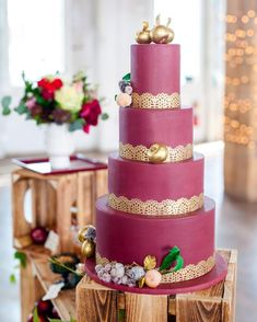 37 Eye-Catching Unique Wedding Cakes - Bold colored wedding cake, Wedding Cake #weddingcake #weddingcakes