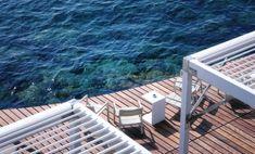 Lavish Floating Beach Bar And Terrace At The Luxurious Monaco Life Club