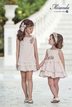Miranda ropa para niños, comprar ropa de bebé, niña o niño - vestido pa comunion pa Alba - Cute Baby Dresses, Kids Outfits Girls, Little Dresses, Little Girl Dresses, Girl Outfits, Girls Dresses, Flower Girl Dresses, Little Girl Fashion, Kids Fashion