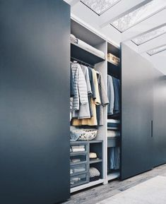Built-in wardrobes offer convenience to many households. A built-in wardrobe saves up a lot of space and gives your home … Wardrobe Design Bedroom, Bedroom Furniture Design, Bedroom Wardrobe, Built In Wardrobe, Hall Wardrobe, Master Bedroom, Sliding Door Wardrobe Designs, Closet Designs, Modern Wardrobe Designs