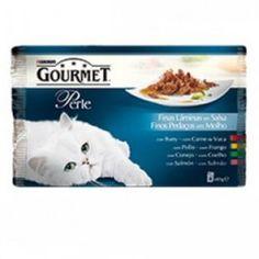 Gourmet Perle láminas en salsa ofrece unas deliciosas bolsitas con cuatro diferentes recetas delicadas que despertarán los sentidos de tu gato con un irresistible sabor.