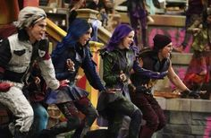Disney Descendants 3, Descendants Cast, Disney Channel Original, Original Movie, Sofia Carson, Cameron Boyce, Ghostbusters, Cheyenne Jackson, Mal And Evie