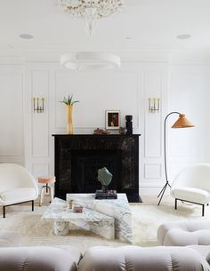 The Best Paint Color in Every Room of Athena Calderone's Brooklyn Home Vogue Living, Home Interior, Interior And Exterior, Interior Design, Mug Design, Design Minimalista, Best Paint Colors, Inspiration Design, Interior Inspiration
