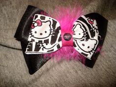 Hello Kitty zebra print bow