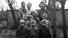 Dorfkinder erzählen Erinnerungen ans Landleben Music, Youtube, Photo Kids, Country Living, Memories, Black, Pictures, Musica, Musik