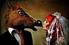 Юмористические Humanimal Портреты: Martine Roch